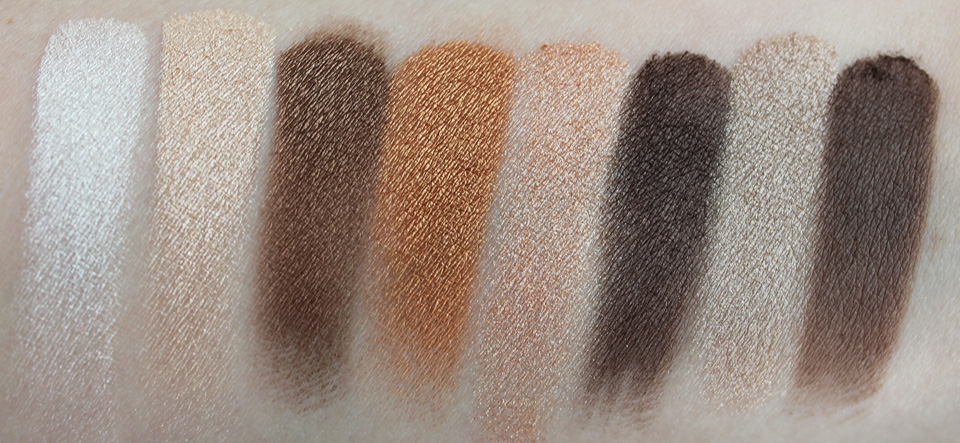 Clinique-8-Pan-Palette-Wear-Everywhere-Nudes-06