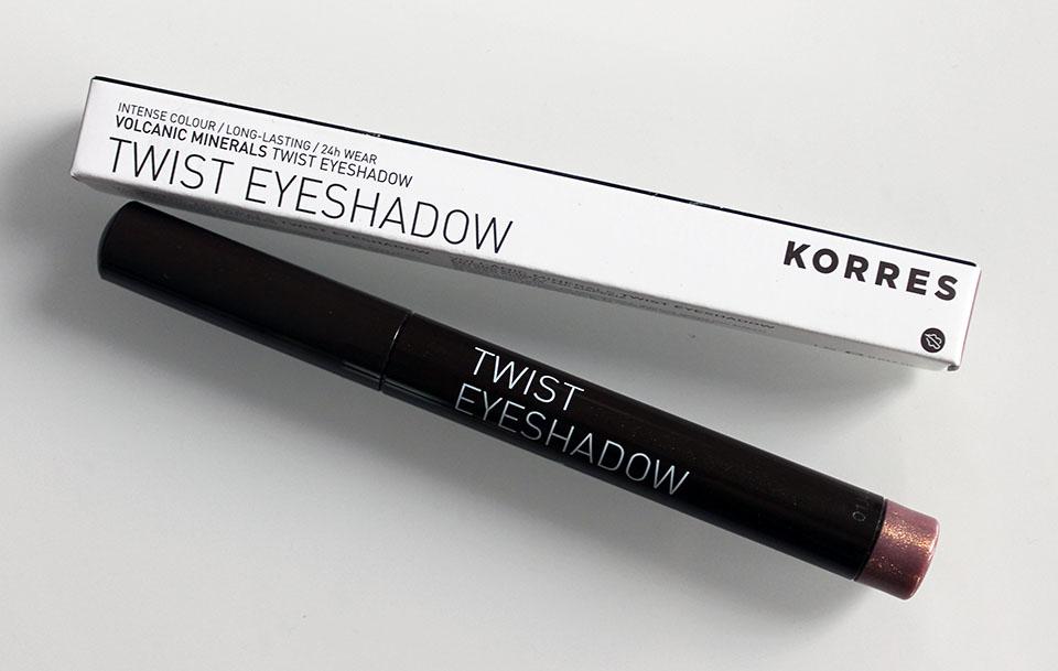 Korres-Twist-Eyeshadow-68-Golden-Pink-01