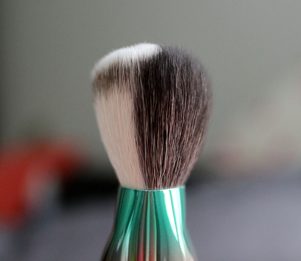 MAC-Wash-and-Dry-Brush-125SE-02