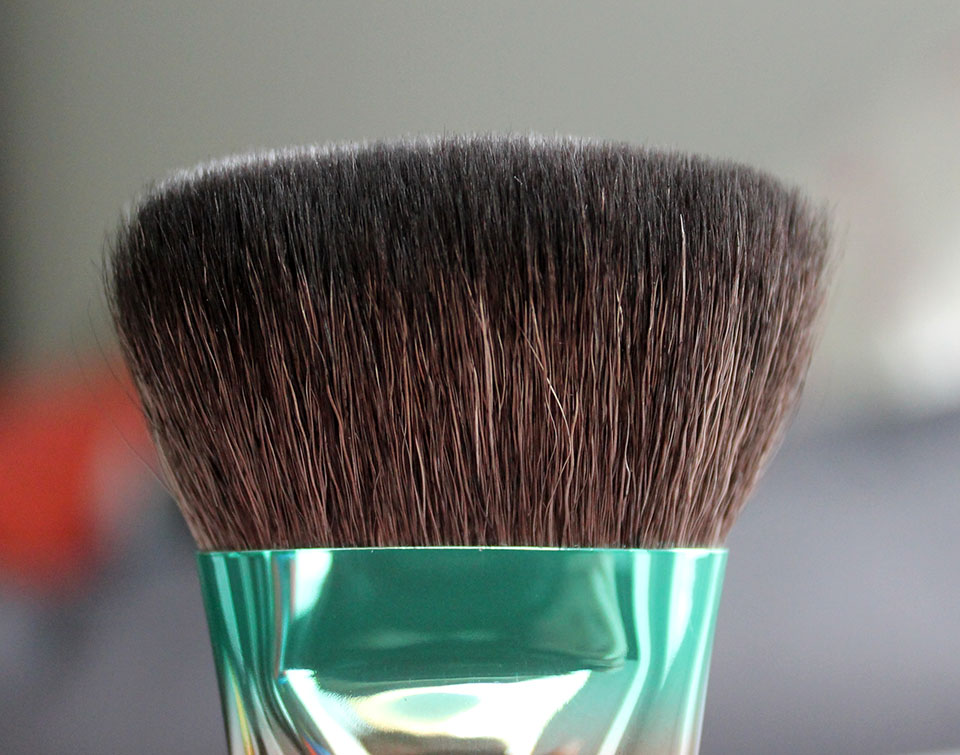 MAC-Wash-and-Dry-Brush-125SE-03