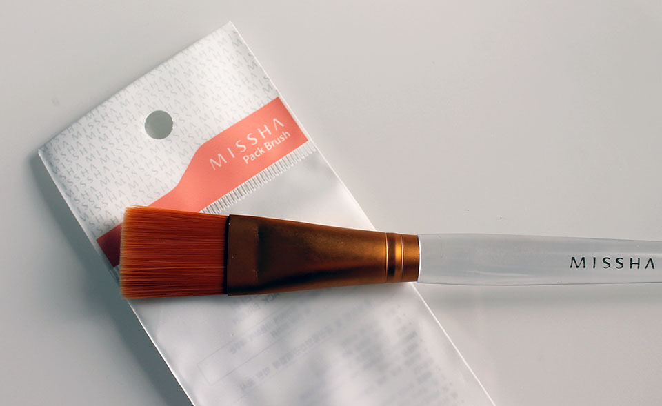 Missha-Pack-Brush-01