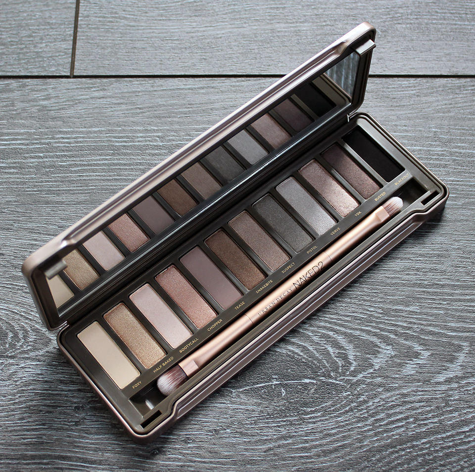 Urban-Decay-Naked-2-Palette-02