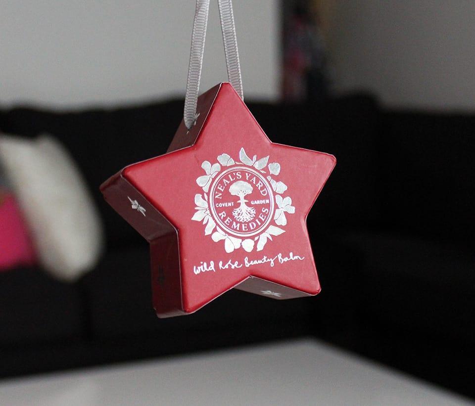 neals-yard-remedies-wild-rose-beauty-balm-gift-set
